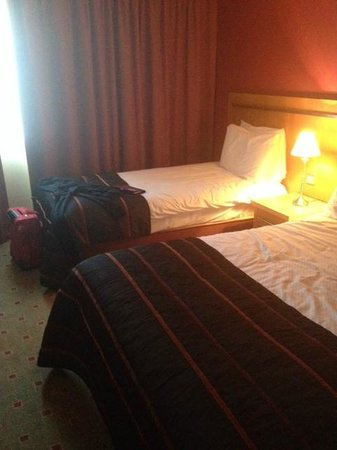 Lahinch Golf & Leisure Hotel: our room