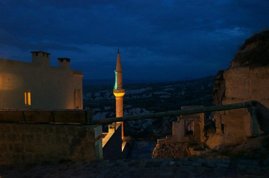 Argos in Cappadocia: View at night