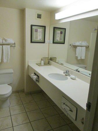 Tropicana Laughlin: Großes Badezimmer