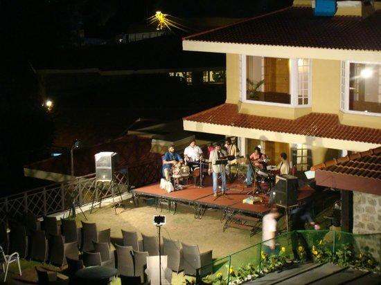 The Carlton : Karoke night