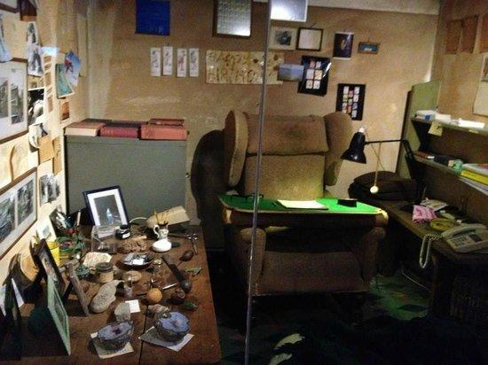 The Roald Dahl Museum and Story Centre: Roald's writing hut