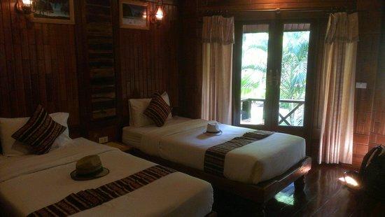 Phu Pha Ao Nang Resort and Spa : Room twins