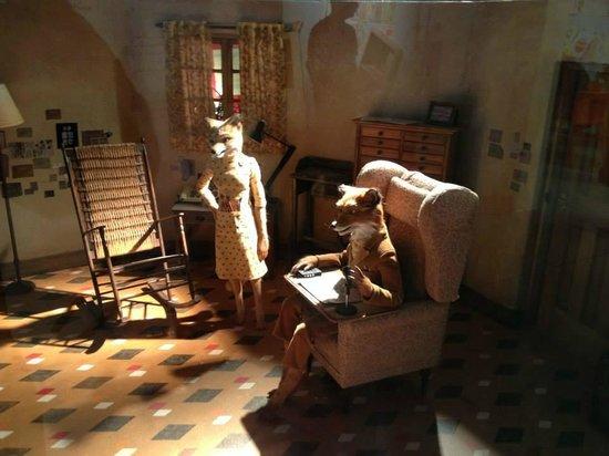 The Roald Dahl Museum and Story Centre: mr.Fox exhibit