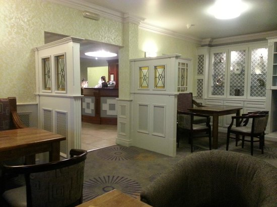 Ballyliffin Hotel: bar