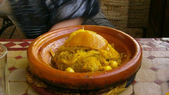 Chez Chegrouni: chicken and preserved lemon tagine