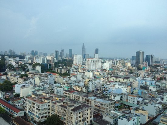 Hotel Nikko Saigon : View from 18th floor