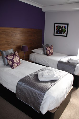 Canterbury Cathedral Lodge: Twin Bedroom in our Burgate Annexe
