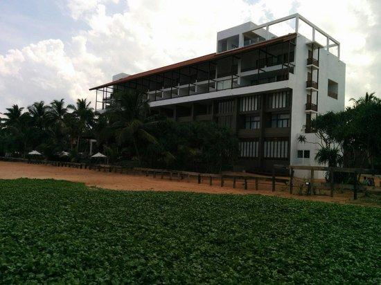 Pandanus Beach Resort & Spa: Hotel view