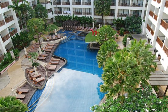 Deevana Plaza Phuket Patong: The view from floor 5