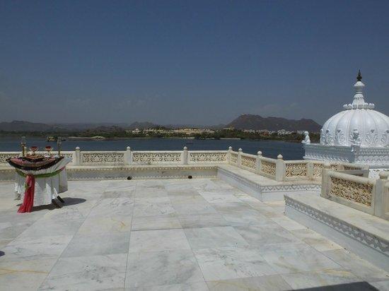 Taj Lake Palace Udaipur: room 235 private terrace - mind the pigeon poop[!
