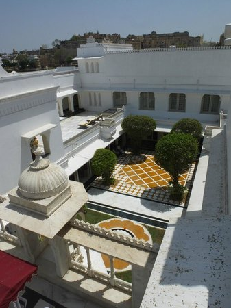 Taj Lake Palace Udaipur: view from room 235 terrace of courtyard