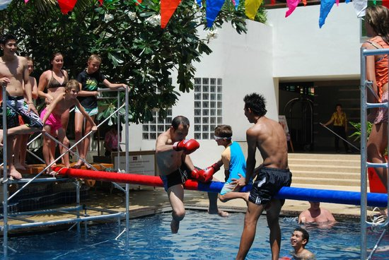 Deevana Plaza Phuket Patong: The staff playing with my son on Songkran at the hotel pool while i could relax and enjoy a drin