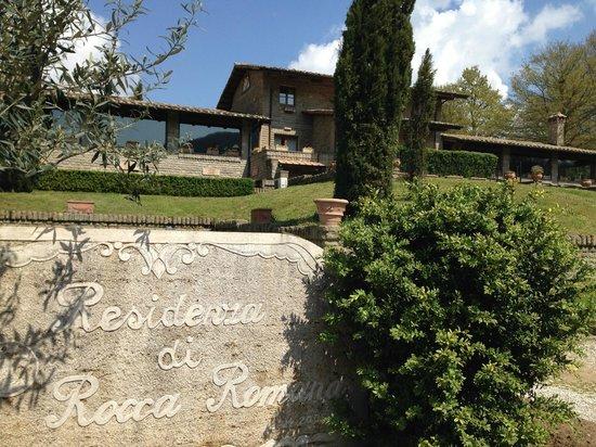 Residenza di Rocca Romana: The grounds