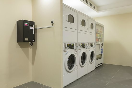 Self Service Laundry ~ Self service laundry room at holiday inn express singapore
