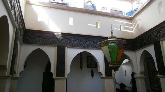 Ryad Laarouss: courtyard