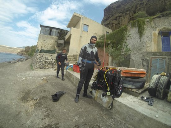 Aegean Divers Dive Center - Day Excursions: vasili and demi the instructors