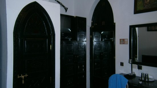 Ryad Laarouss: room