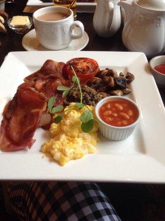 Nira Caledonia: Breakfast :)