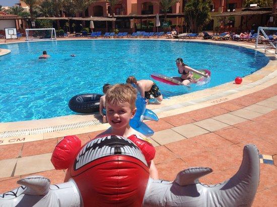 Jaz Makadi Saraya Resort: Fun at the pool