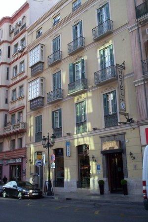 Atarazanas Malaga Boutique Hotel : Horel exterior