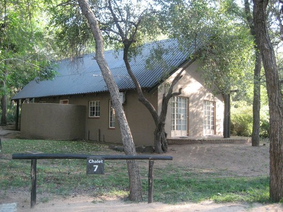 Protea Hotel by Marriott Kruger Gate: Our 6 bed chalet