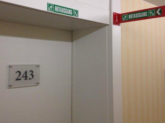 Parkhotel Schoenegg: kamer 243 is nooduitgang