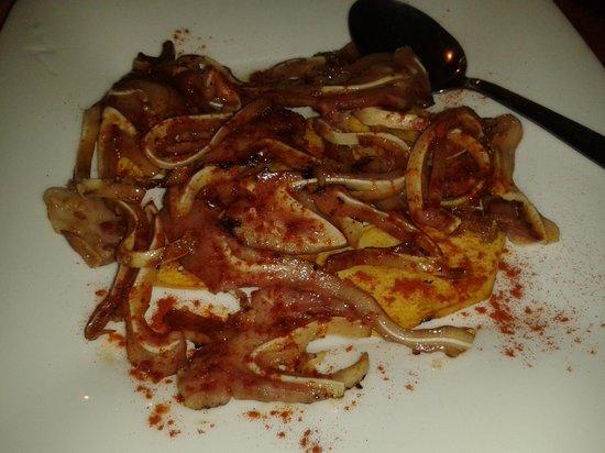 Restaurante Bodegas Mazon : oreja de cerdo con patatas panadera