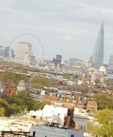 Holiday Inn London Kensington Forum : Vista da janela do quarto 1628