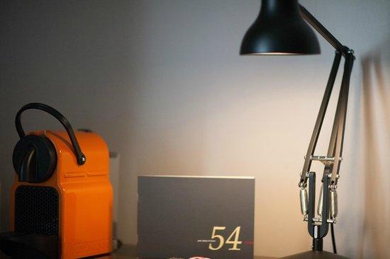 54 boutique hotel bewertungen fotos preisvergleich for Boutique hotel 54 london