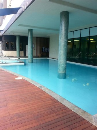 Vibe Hotel Darwin Waterfront: Pool Area