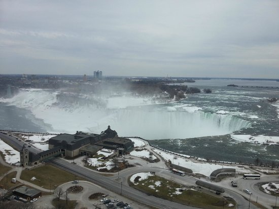 Niagara Falls Marriott Fallsview Hotel & Spa : The view from our room (room 2028)