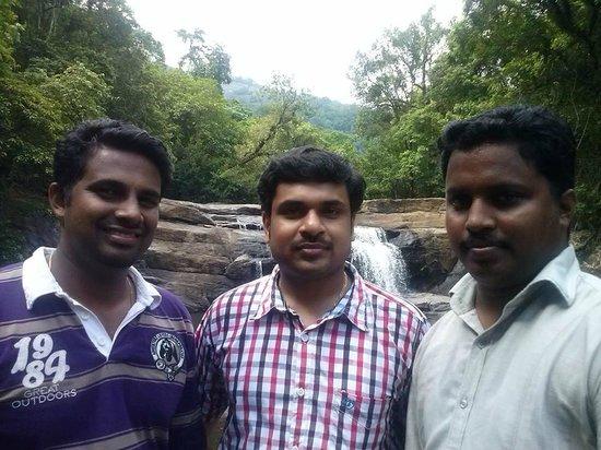 Thommankuthu Falls : At a lower waterfall