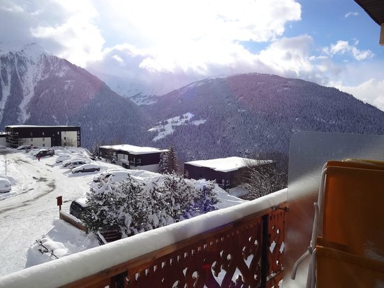 Hotel la Vanoise : South facing balconies...