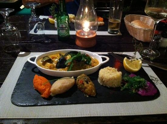 Ma Ti Beach Bar & Restaurant: Cassoulette de mer - beautifully presented and delicious!