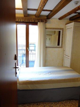 Hotel Mercurio Venezia : Одномертный номер еще раз