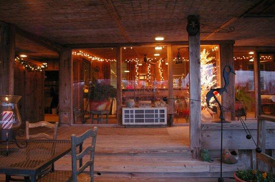 Starlight Plantation: La salle à manger, décorée pour Noël