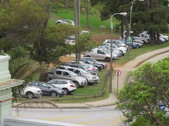 St George's Park: Car parking very close to the ground