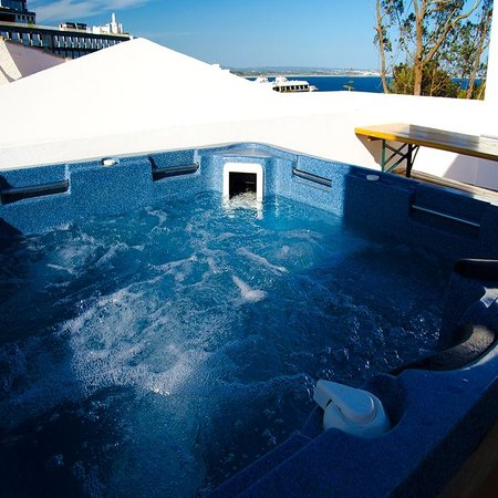 Big Chill Hostel: Jacuzzi
