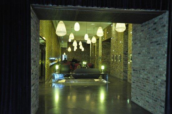 Radisson Blu Aqua Hotel: Lobby with lanterns