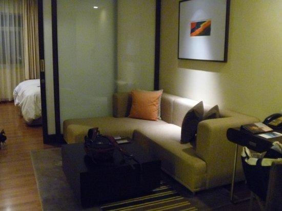 Grand Sukhumvit Hotel Bangkok: Lounge area.
