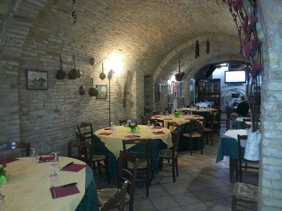 Ristorante Taverna Dell'Arco: Sala 1
