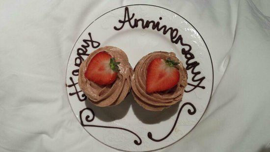 The Chesterfield Mayfair: Happy Anniversary