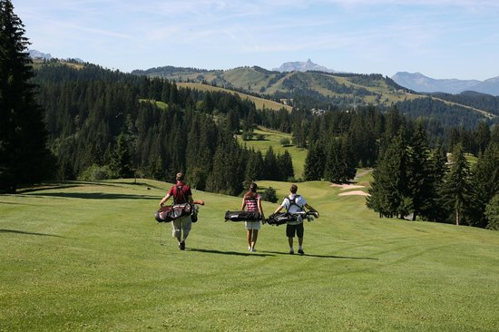 Chamois D'Or Hotel & Spa : Golf in Les Gets