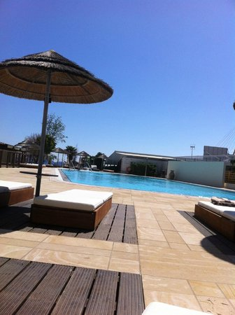 Capo Bay Hotel: Pool deck