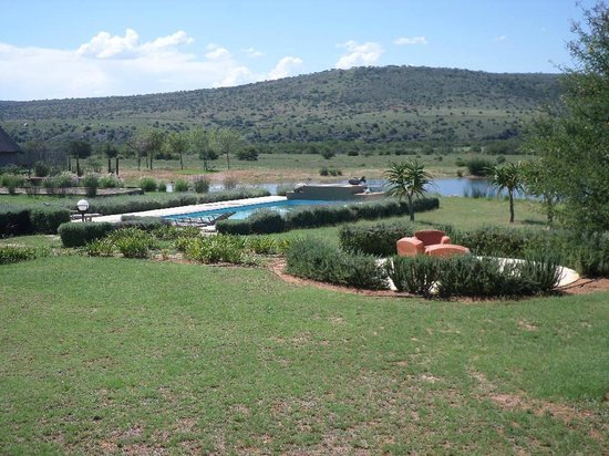 Ufumene Game Lodge: Pool and Play Area