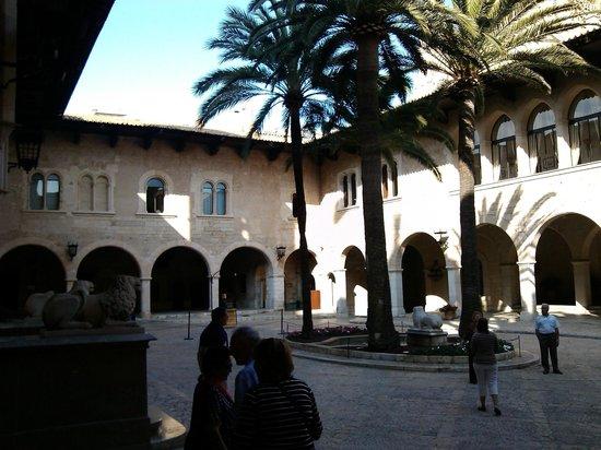 Palau de l'Almudaina: Patio Interior II