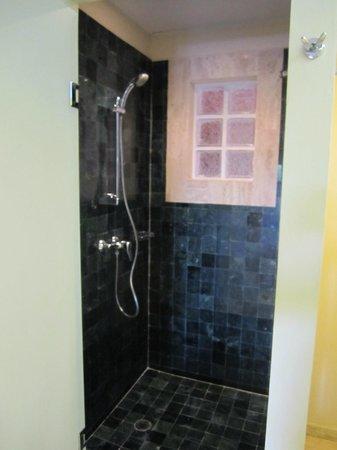 Grand Palladium Riviera Resort & Spa : Shower