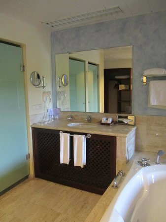 Grand Palladium Riviera Resort & Spa : Sink