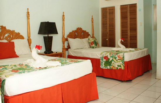 Jamaica Tamboo Resort: room