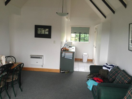 The Salty Dog Inn : Kitchen area2